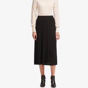 DKNY BLACK METALLIC PLEATED PULL-ON MIDI SKIRT
